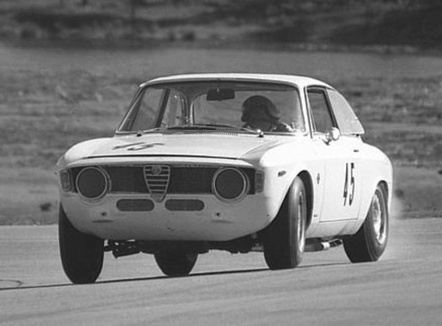 Mildren U0027LHDu0027 GTA, Kevin Bartlett, Lakeside, Queensland 1966 (John Stanley)