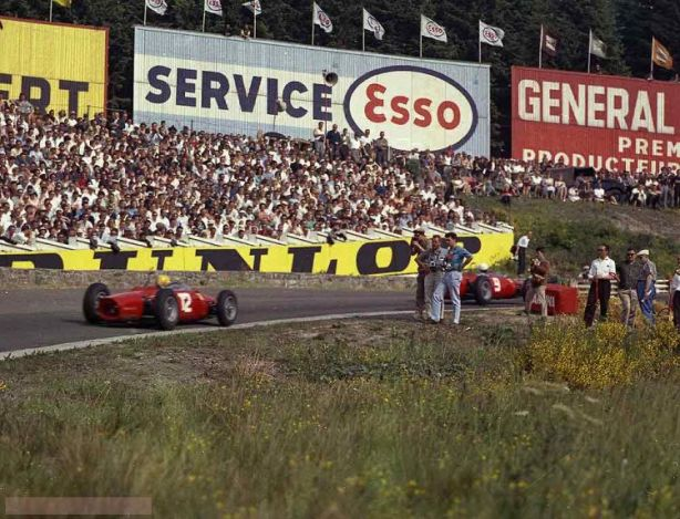 Belgian+Grand+Prix+-+Spa+-+August+1962_DP+638+-+12+R+Rodriguez+-+Ferrari%2C+9+Phil+Hill+-+Ferrari.jpg.small