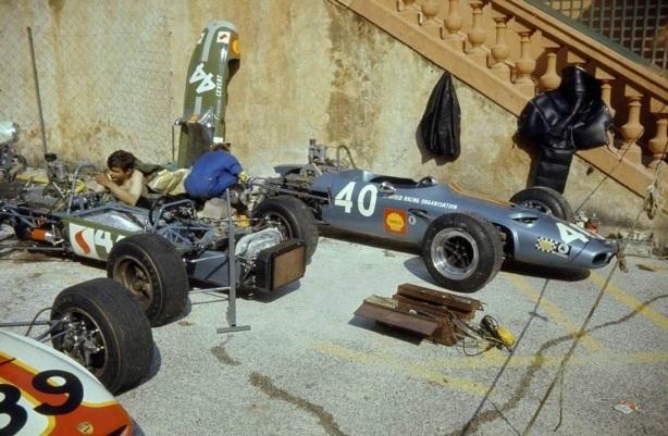 Monaco F3 pit scene 1968