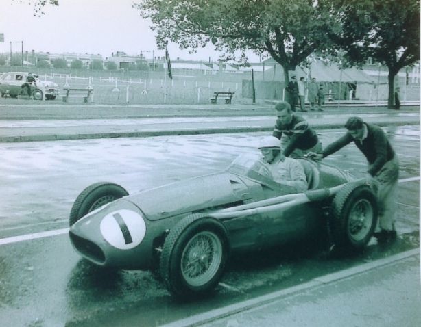 Stan Jones 'Victorian Trophy' Albert Park 1957