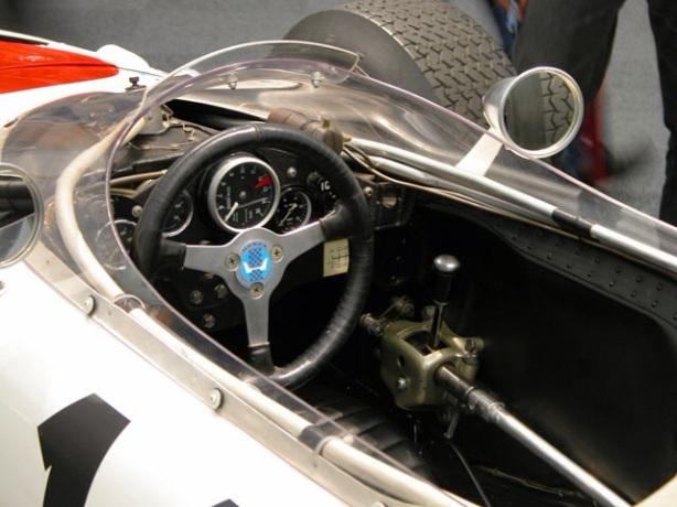 Honda RA272 cockpit