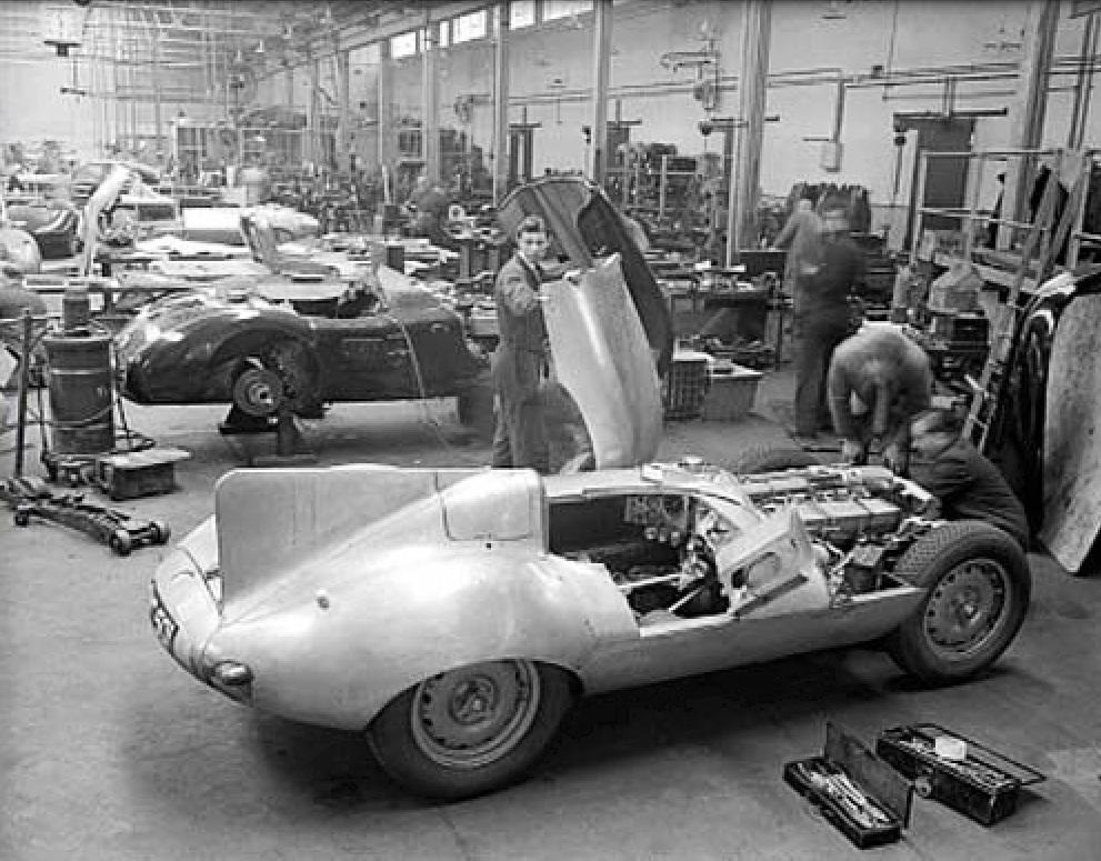Rezultat iskanja slik za jaguar's XKSS D-Type from 1957