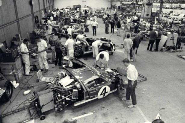 Le Mans 1966 Ford prep