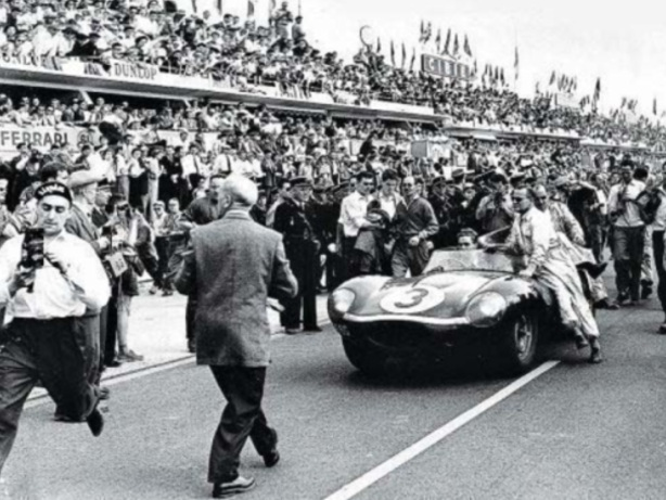 Le Mans 57 finish