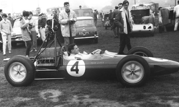 Lotus 25 camera car