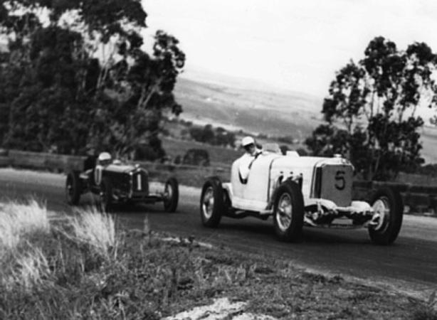davison and barrett bathirst 1947