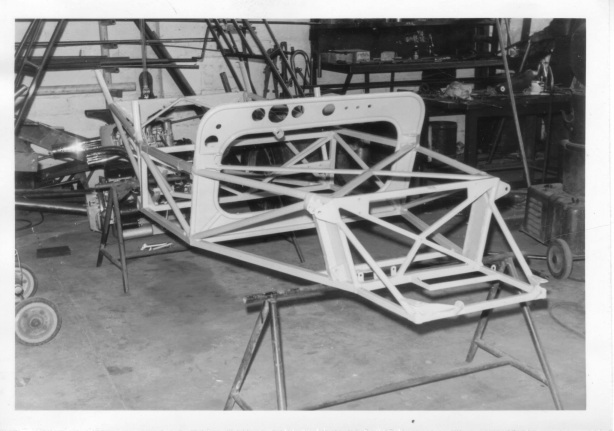400 chassis