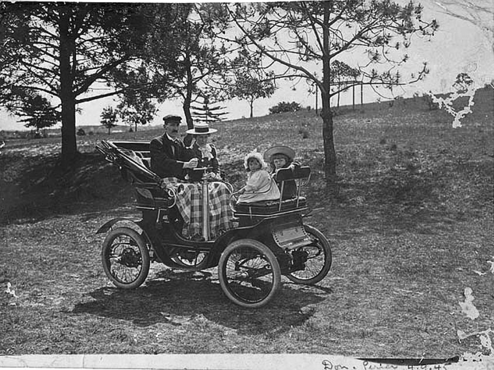 Australias First Motor Car Race Sandown Racecourse