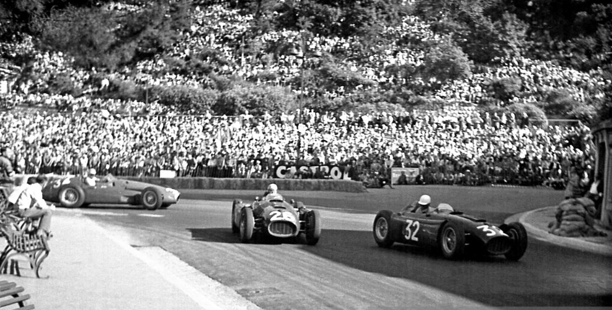 Lancia d50 primotipo louis chiron 6th lets teammate gigi villoresi 5th lancia d50 past whilst jean behras equal 3rd placed with cesare perdisa maser 250f threatens gp vanachro Gallery
