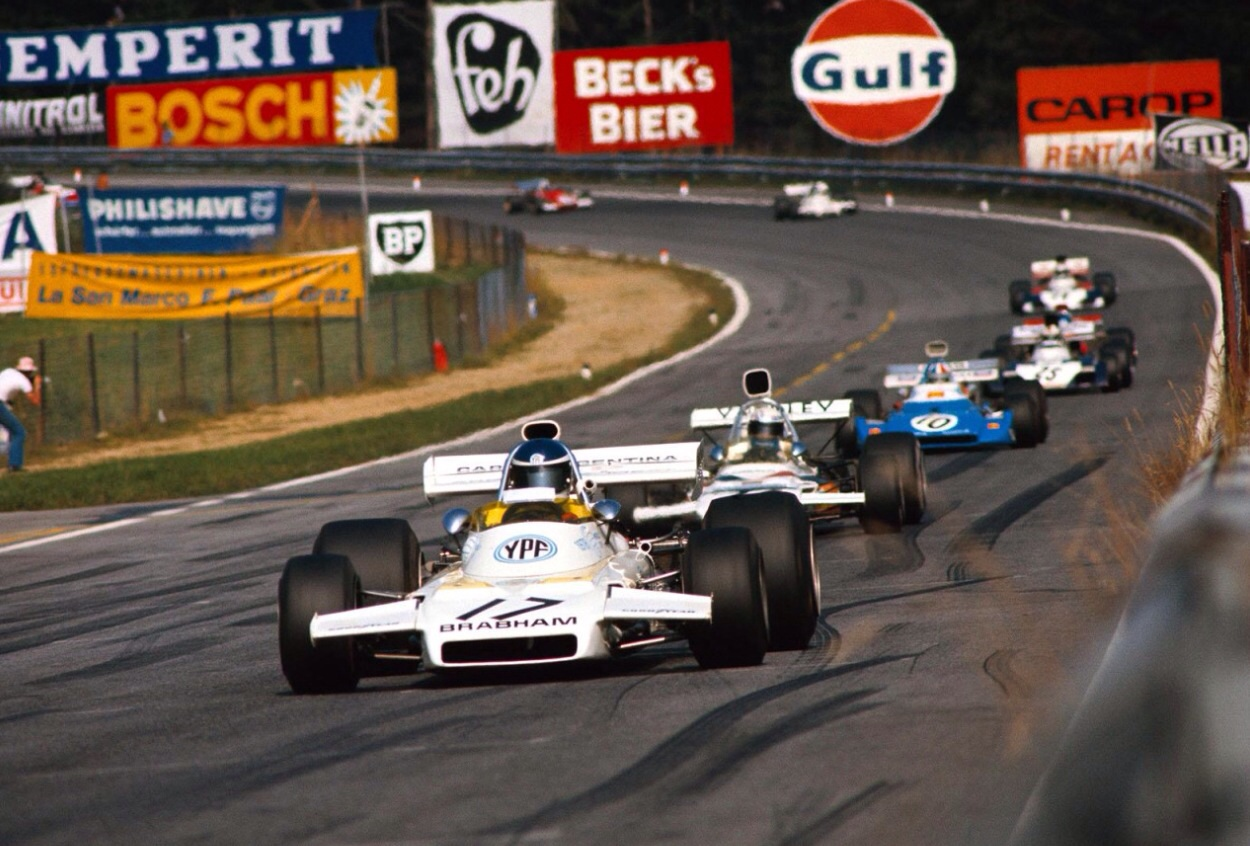 Spark 1 43 john player spl lotus 72d 5 winner spain 1972 world champ -  Chris Amon Matra Ms120d 5th Then The Two Surtees Ts9b Fords Of Mike Hailwood 4th And Tim Schenken 11th Austria 72 Unattributed