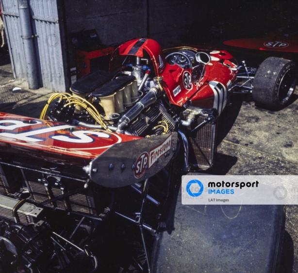 McLaren M14D Alfa Romeo